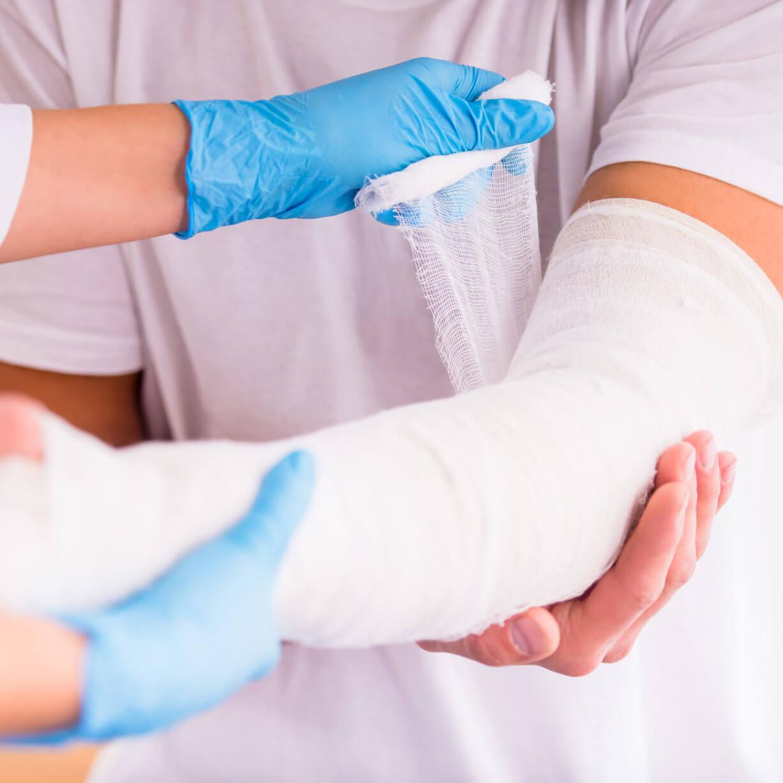 medico   Auslandsreisekrankenversicherung   Spanischer Armbruch